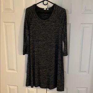 Gap stretchy three quarter sleeved dress. Size M.